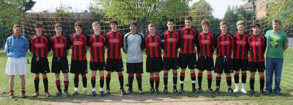 Left to Right :  Ian Noble Manager, Alex Godwin, Dave McCubbin, Sam Blake, Cam Noble, Mikey Essai, Dan Wrenn, Sam Slater, Will Essai, George Burns, Jonny Crane, Rich Gatcum, Ash Peck, Will Coal, John Blake Assistant Manager