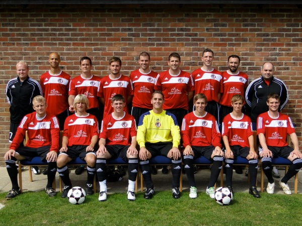 Top row left to right - Ben Cox, Richard Lartey, David Kennard, Darran Cox, Gary Jefkins, Barry McCoy(Captain), James Kewell, Nathan O'Brennan, Chris Hanmore